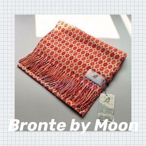 🔖 Bronte by Moon 100% Wool Scarf Made in Britain